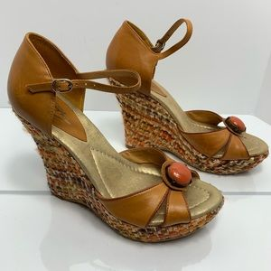 VINCE CAMUTO Wedge stone 70s disco retro sandal 37